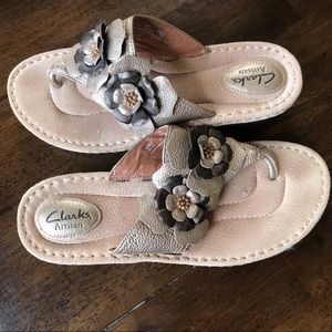 6a1591906bee4f Clarks Sandals.  29  0. Clark s Artisan leather sandals size 10